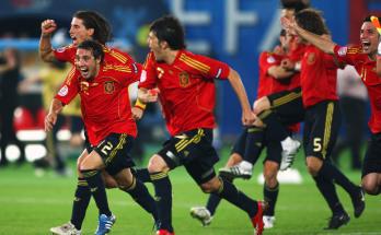 …y el fútbol acabó con la crisis y nunca más se supo.